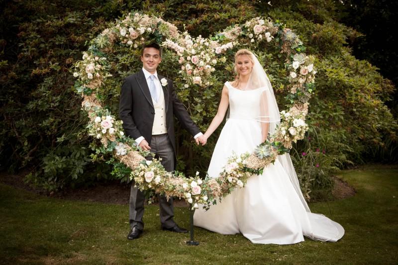 0045_ Penshurst Kent wedding photography elegant and wild